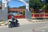 Seluruh sekolah di Kota Jayapura diliburkan sepekan setelah demo diwarnai kerusuhan