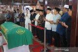 Sejumlah tokoh melayat wafatnya ibunda SBY ke Puri Cikeas Sabtu pagi