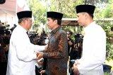 Presiden Jokowi melayat ke kediaman SBY Sabtu siang