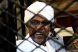 Mantan presiden Sudan Omar Al-Bashir dipenjara dua tahun