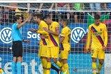 Penalti menit akhir paksa Barca cuma dapat satu poin dari Osasuna