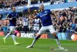Dua gol Richarlison menangkan Everton dengan skor 3-2