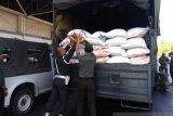PapuaTerkini - Kodam XIV/Hasanuddin kirim 50 ton beras ke Provinsi Papua