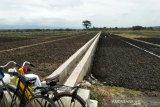 Petani Kulon Progo mengharapkan bantuan traktor roda empat