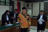 Hakim penerima suap dari bupati dijatuhi hukuman 4 tahun penjara