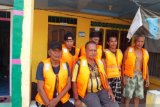 SAR selamatkan enam penumpang KM Rahmat Baru yang tenggelam di Selat Berhala