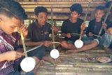 Seniman Mengajar dan musik Dungga Roro khas Sumba