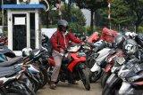 Kumpulkan uang Rp220 ribu, tukang parkir sumbang korban Wamena