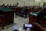 Bupati Mesuji nonaktif Khamami dihukum delapan tahun penjara