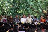 Pemerintah serahkan 1.645 HA Hutan Adat di Kalimantan