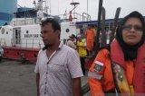 VIDEO - SAR evakuasi enam kru KM Hamisa Jaya yang tenggelam ke Dumai