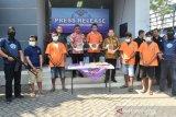 Ini empat pengedar narkoba yang ditangkap di Batang