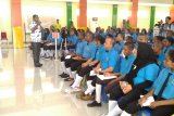 Bupati Biak ajak mahasiswa IISIP Yapis bersikap sportif sikapi rasisme