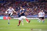Albania didenda karena cemooh lagu kebangsaan Prancis saat kualifikasi Euro