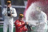 Leclerc juarai  Grand Prix Italia  di Monza, duet Mercedes lengkapi podium
