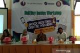 Mahasiswa UHO gelar workshop perangi berita hoaks