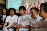 D'Masiv tampil dalam acara penutupan Indonesia Weekend