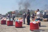 Barang impor ilegal hasil sitaan di Jateng dimusnahkan