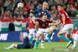 Lantara pendukungnya rasis, UEFA hukum Hongaria dan Slovakia