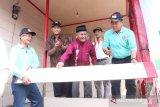 Peringati Dies natalis ke-32 Politeknik Negeri Padang bedah rumah warga miskin