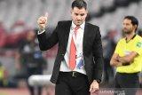 Alberto Goncalves ingin Simon McMenemy bertahan sebagai pelatih timnas Indonesia