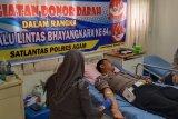Sambut Hari Lalu Lintas Personel Sat Lantas Polres Agam Donorkan Darah