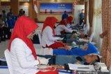 Pangkalan TNI AL  Palembang bantu penuhi stok darah PMI
