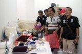 Indekos tempat meracik tembakau gorila digeledah polisi