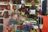Solok Regency Government participated in the 2019 Kriyanusa exhibition in Jakarta to promote regional crafts