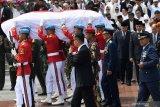 Rangkaian upacara pemakaman BJ Habibie