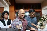 Ilham Habibie: tahlilan selama 40 hari terbuka untuk umum