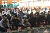 Umat Muslim Jayapura gelar doa dan tahlilan untuk Habibie