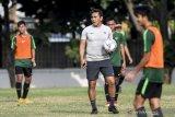 Pelatih Bima Sakti turunkan pemain andalan di AFF U-15 kontra Filipina