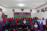 Siswa Tuma'ninah Yasin di Kota Metro diberi pelatihan usaha