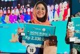 Siswi MAN 1 Kepulauan Seribu juara None Buku Berbakat 2019