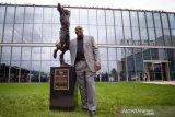 Sixers buatkan patung hormati Barkley