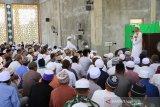 Bupati Luwu Timur ajak warga makmurkan masjid