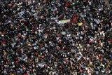 Tembakkan gas air mata, polisi Hong Kong bubarkan pengunjuk rasa