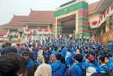 Gedung DPRD Riau dikepung ribuan Mahasiswa