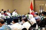 Presiden Jokowi minta perangkat daerah aktif berantas titik api