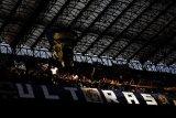 Ultras si pendukung peras Juventus