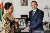 Menteri Rini kawal BUMN garap proyek tambang di Madagaskar
