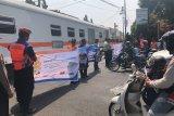KAI Daop 6 sosialisasi keselamatan perlintasan kereta api