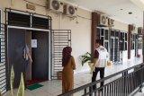 KPK geledah ruangan kerja Kadisdik dan DPU Kepulauan Riau