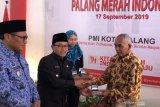 29 pendonor darah asal Kota Malang terima cincin emas