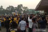 Wakil Gubernur ditolak,  aksi mahasiswa tuntut asap ricuh