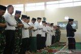 Karhutla Riau - Pekanbaru berasap pekat saat Presiden Jokowi shalat minta hujan