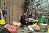 GPS santuni warga Dusun Dungun Condong dengan pemberian sembako