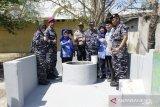Lantamal VI  buatkan sumur untuk masyarakat Pulau Barrang Lompo