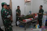 Satu anggota TNI terluka setelah bentrok dengan OKP